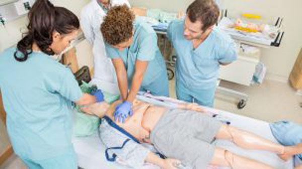 Enfermagem é curso mais procurado entre as graduações, diz pesquisa